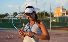 Lucía Cortez: «Quiero que mi madre me guíe al tenis profesional»