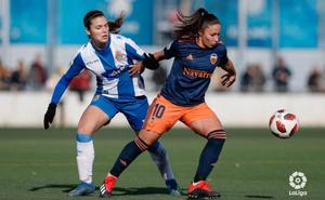 Un polémico gol deja al Valencia sin la victoria