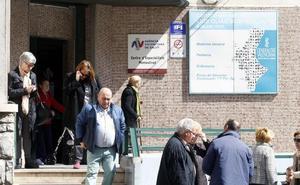 Los médicos anuncian protestas por la falta de tiempo para atender a pacientes