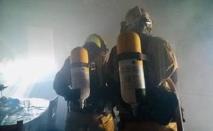 El fuego calcina la cocina de una vivienda en Calp