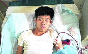 Un estudiante que vendió su riñón para comprarse un móvil vive postrado en una cama
