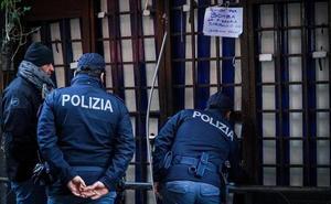 La Camorra italiana hace estallar un paquete bomba en una pizzería de Nápoles
