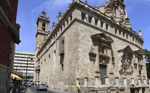 Después de 60 años la parroquia de los Santos Juanes de Valencia recupera la bendición de animales por San Antonio Abad