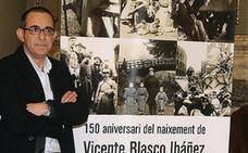 Emilio Sales, director de la casa-museo del escritor: «Hay políticos que están hablando de Blasco Ibáñez y ni siquiera lo han leído»