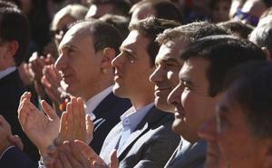 Rivera visita Valencia sin resolver la incógnita del candidato a la Generalitat