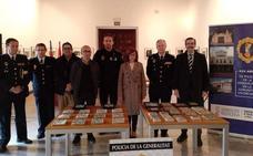 La Policía Autonómica devuelve al Castell de Alaquàs los azulejos expoliados