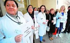 Los médicos llevarán a los tribunales la contratación de «allegados o conocidos» de altos cargos de Sanidad si no alcanzan los méritos exigidos
