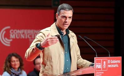 Sánchez acusa al PP de volver «a su peor pasado» junto a la ultraderecha