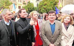 Cantó se propone frenar el catalanismo y Rivera le avala como candidato