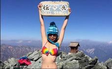 Muere a los 36 años Gigi Wu, la montañista que se fotografiaba en bikini