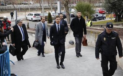 Suspendido el juicio de Xabi Alonso