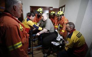 Piden al Consell que pague el hospital de Granada donde operarán a Teo, el joven de Turís con obesidad mórbida