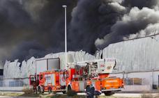 Fepeval pide planes de seguridad para todas las áreas empresariales tras el incendio de Manises