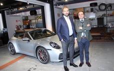 «El 911 es el alma de Porsche, un deportivo de raza y carisma»