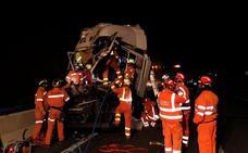 Un herido grave en el choque de dos camiones en la A-3