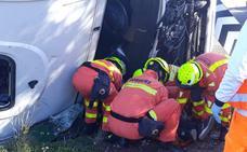 Cuatro accidentes suman 14 km de atascos en cuatro autovías de acceso a Valencia