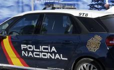 Detenida por amenazar con un cuchillo a su pareja en Algemesí y rajarle una rueda del coche