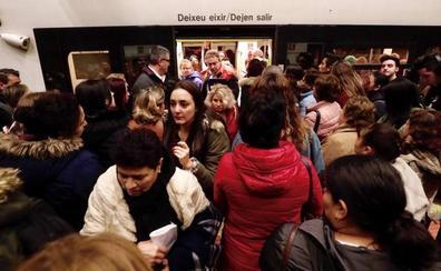 Colapso por los paros de EMT y Metrovalencia