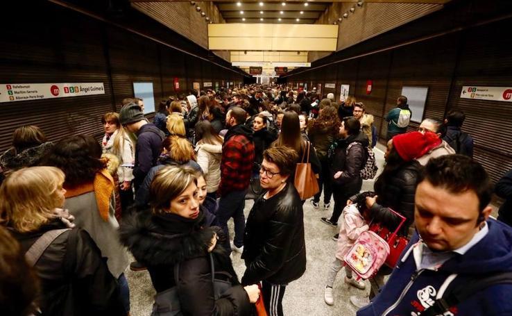 Colapso en Valencia por los paros de EMT y Metrovalencia