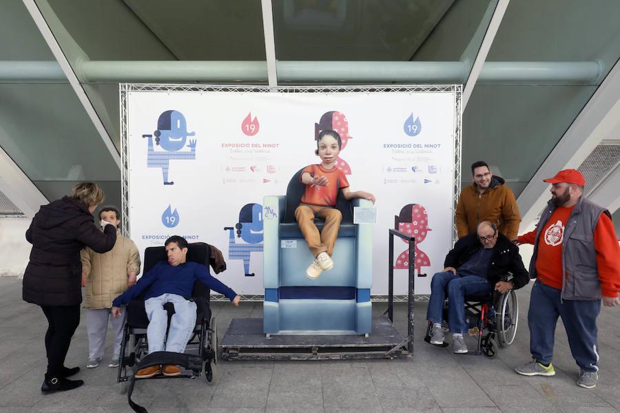 Entrega de ninots para la Exposición del Ninot Fallas 2019