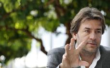 Daniel Abad: «Cultivo el silencio, me ayuda a escucharme a mí mismo»