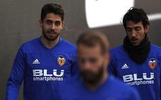 Sobrino y Roncaglia ya se entrenan con el Valencia