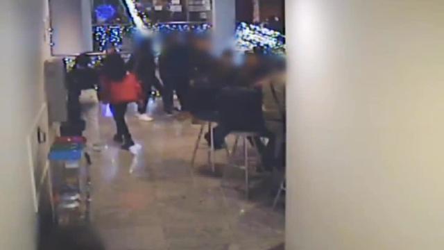 Detenido por abusar de menores en un centro comercial