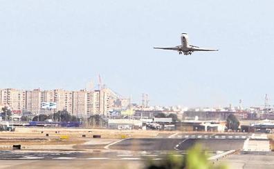 El viento obliga a desviar tres aviones que iban a aterrizar en Manises