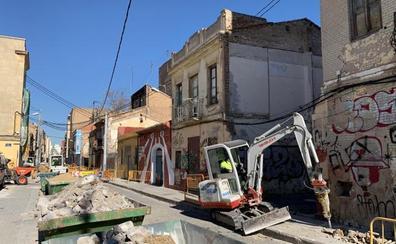 El Consell bloquea la venta de pisos públicos pese a la degradación del Cabanyal