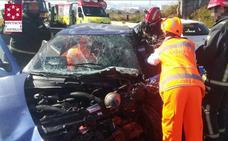 Cuatro heridos en un grave accidente entre dos coches en la N-340