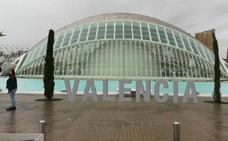 Valencia instalará las letras con el nombre de la ciudad ante L'Hemisfèric como reclamo turístico