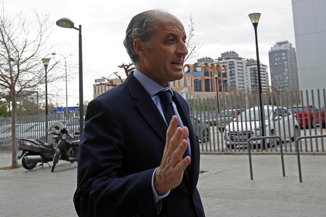 La jueza de la F-1 tumba el intento de la Generalitat de volver a imputar a Camps
