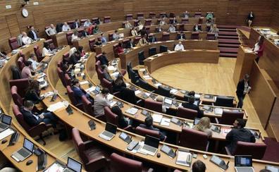 Les Corts estrecha el cerco para que los diputados justifiquen el kilometraje