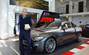 Bertolín recibe en Valencia el premio de BMW Ibérica