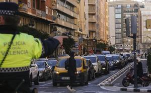 Vecinos acusan a Grezzi de poner «patas arriba» el centro con sus restricciones al tráfico