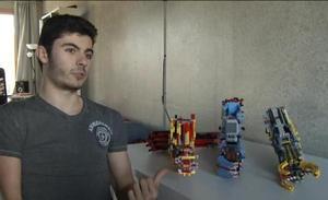 David Aguilar, el joven que se construyó su propia prótesis de brazo con piezas de Lego