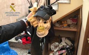 Desmantelada una organización criminal dedicada al asalto de viviendas habitadas en Alicante