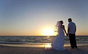 Una mujer pide el divorcio a los tres minutos de casarse