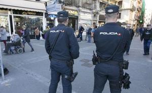 Detenido por apuñalar con un cuchillo de grandes dimensiones a un hombre en una calle de Valencia