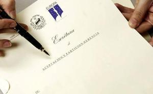 La OCU denuncia a la Fiscalía cobros abusivos de registradores y notarios en escrituras hipotecarias