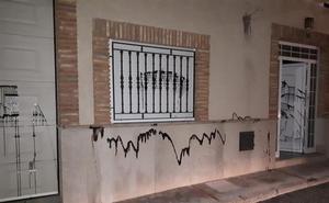 Detenido un operario municipal por dañar coches y casas del alcalde y concejales de Vilamarxant