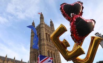 May, determinada a concretar el 'Brexit' el 29 de marzo con acuerdo
