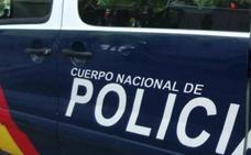 Detenido un presunto ladrón tras saltar por un balcón y lesionarse en la huida