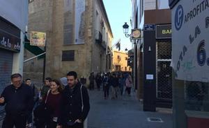 Los vecinos de Valencia alegan para que las bicicletas no circulen por calles peatonales