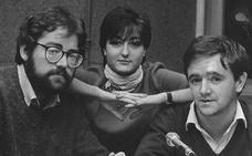 Ximo Puig celebra el Día Mundial de la Radio con una foto suya de la década de los 80