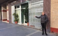 Gandia da 15 días a los dueños del bajo donde se hacinan inmigrantes para clausurar el local