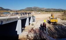 El puente entre Beniarjó y El Real estará en mayo, doce años después de derrumbarse