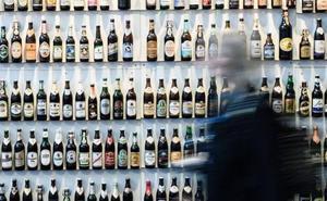 Indemnizada con 94.095 euros al estallarle una botella de cerveza y perder un ojo