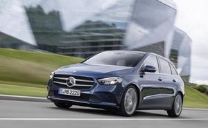 Mercedes, coche oficial de la 15K Valencia Abierta al Mar