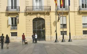 El juez ve un posible delito de coacciones tras la denuncia por acoso sexual en la Diputación